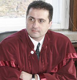 Божидар Джамбазов