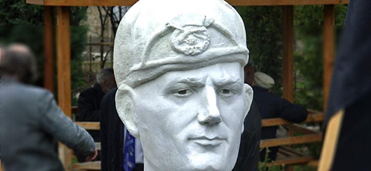 Паметник на Ванче Михайлов
