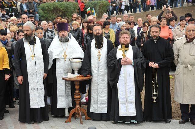 освещаване на паметника в Болград