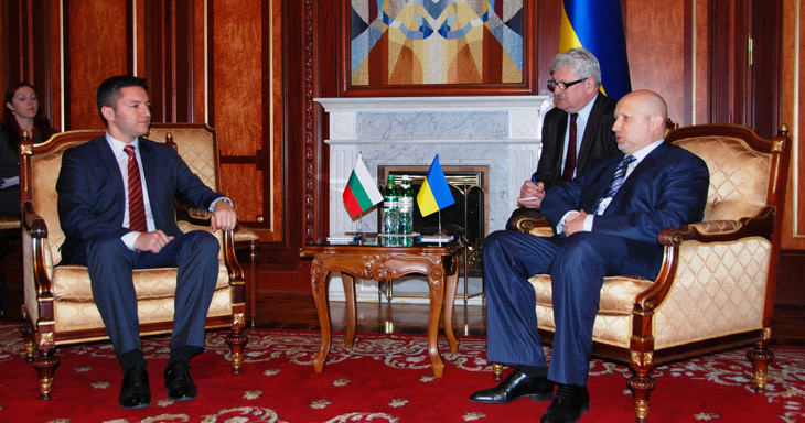 Вигенин и Турчинов в Украйна