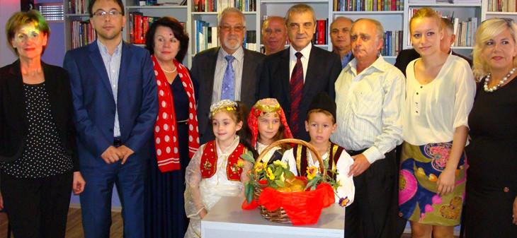 училище в Албания