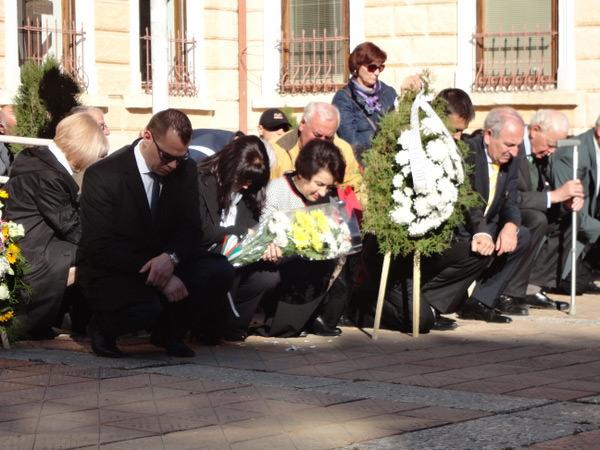преклонение пред паметника на таврийските българи