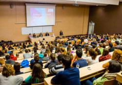 Увеличиха приема на студенти от Бесарабия, Западните Покрайнини и Македония